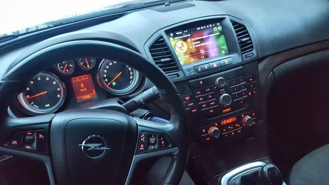 Radio_2_din_Opel_Insignia_4_32_GB_PX5_Android_zdjęcie_po_montażu_1