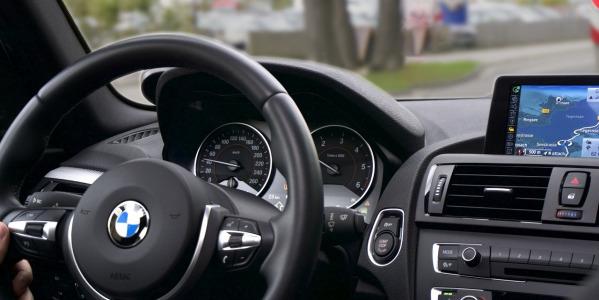 Wybieramy radio samochodowe - 1 DIN czy 2 DIN?